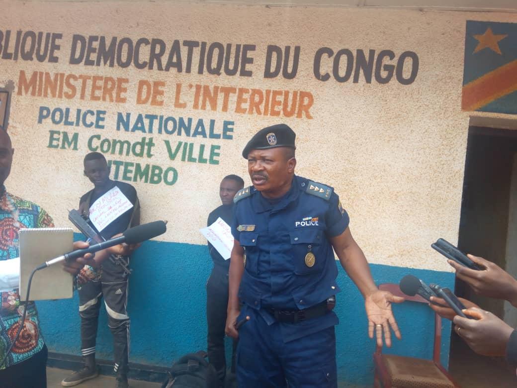 Butembo : Un militaire et un civil,  présumés criminels présentés ce jeudi 09 Avril à la presse par la  police  district de Butembo