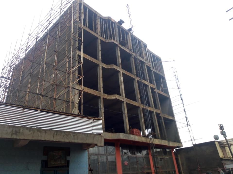 Butembo : Violation des normes de construction, plusieurs immeubles sont entrain de s'affaisser (Ir Julien Kahighana)