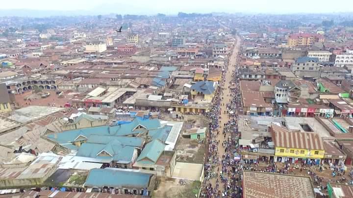Nord-Kivu: Kaké Kiro Muthundo André et d'autres commerçants ont bâtie Butembo grâce au vélo(Reportage)