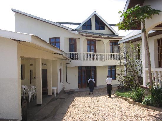 Butembo : Covid-19, les services hôteliers moins consommés suite au confinement.