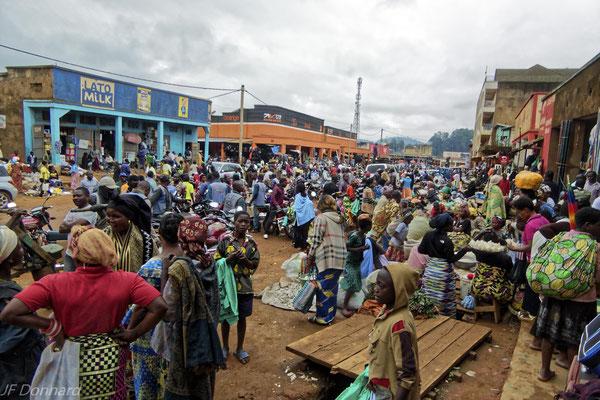 Butembo : la société civile demande au maire de rendre viable les marchés secondaires avant de déguerpir de la rue les marchands