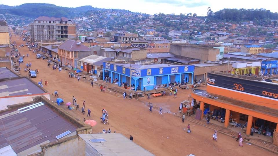 Butembo : Investir dans la construction des parkings est prioritaire que celle des galeries commerciales (Ir Ngendo)