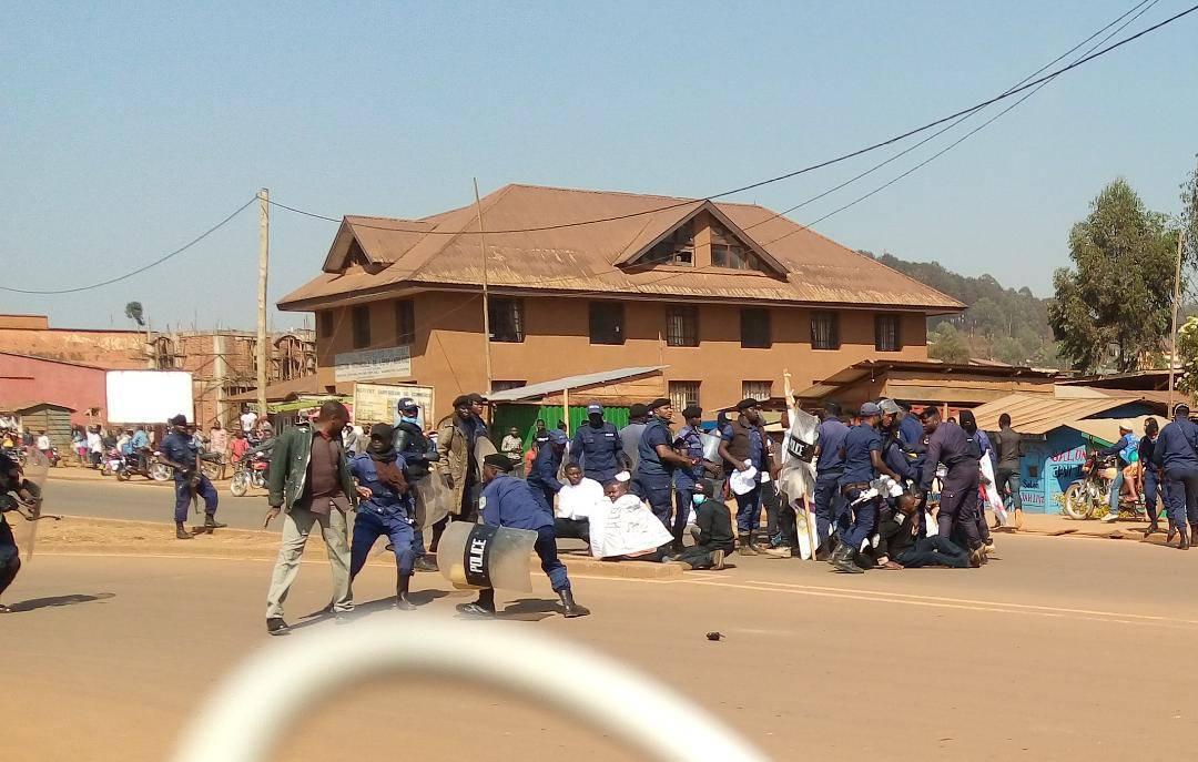 Butembo : La police étouffe la marche des militants de CACH en dépit de l'accord du maire(UDPS)