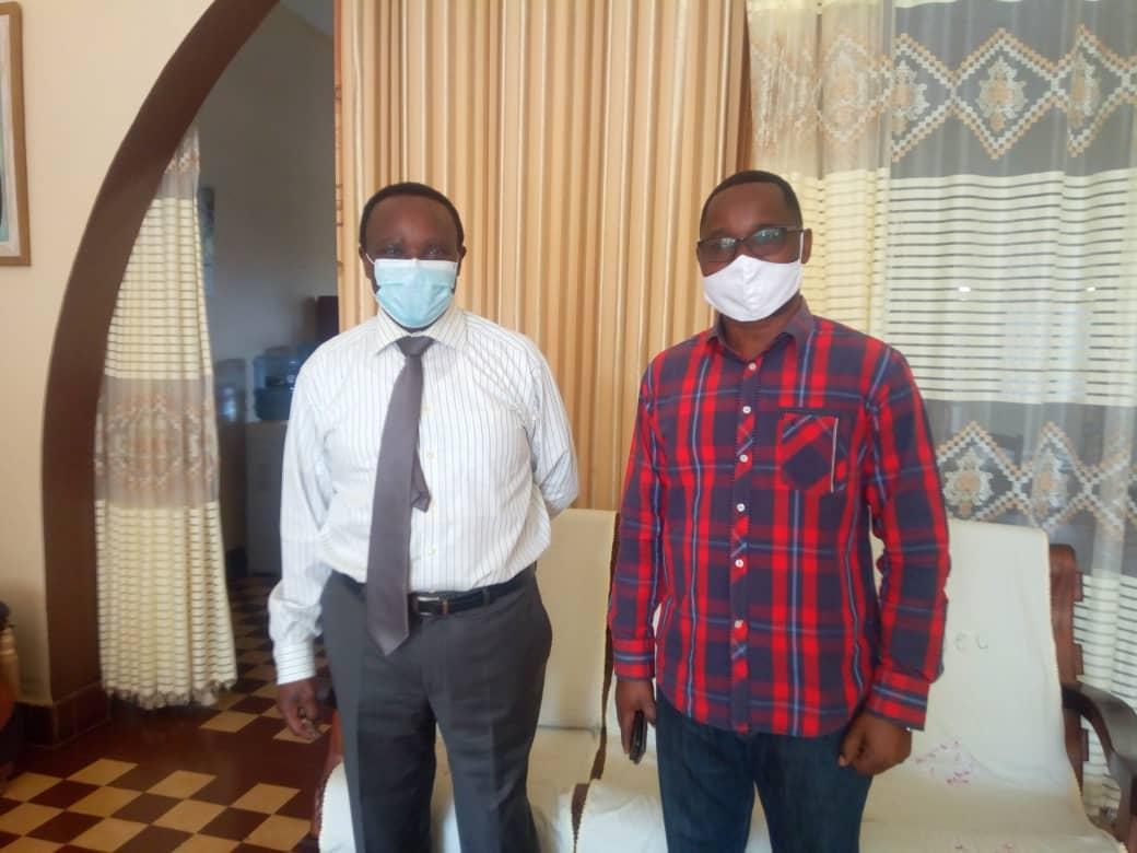Butembo : le Professeur Anselme Kitakya, député provincial du Nord-Kivu a payé une visite de compassion à l'UCG