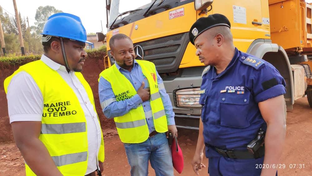 Echanges du Gouverneur du Nord-Kivu et le maire de Butembo : bientôt le charroi de la police sera renforcé et les rues réhabilitées