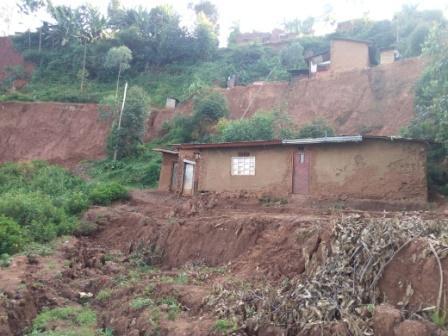 Butembo/12 têtes de Cripps : face à ces glissements de terre un expert en gestion des catastrophes  propose la désorientation des eaux de ruissellement et les SIG