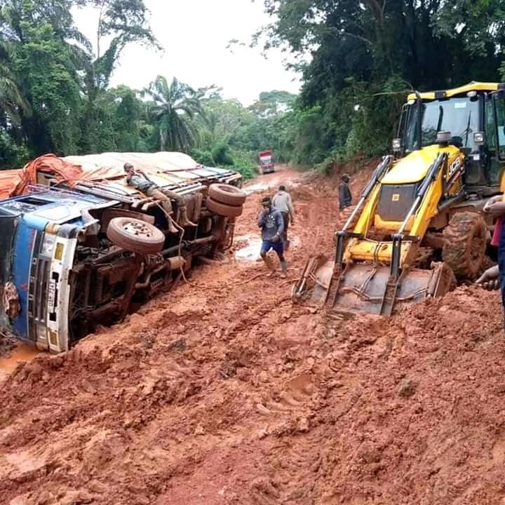 Route Butembo-Kisangani : 14 jours minimum sur une route qu'on parcourait à deux jours, les transporteurs en grève