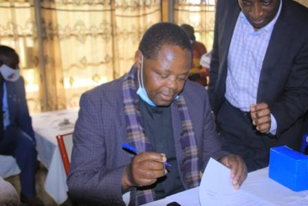 Butembo : l'Abbé Prof Mahiniro Jean-Pierre a pris ses  nouvelles fonctions de Secrétaire Général Administratif de l'UCG