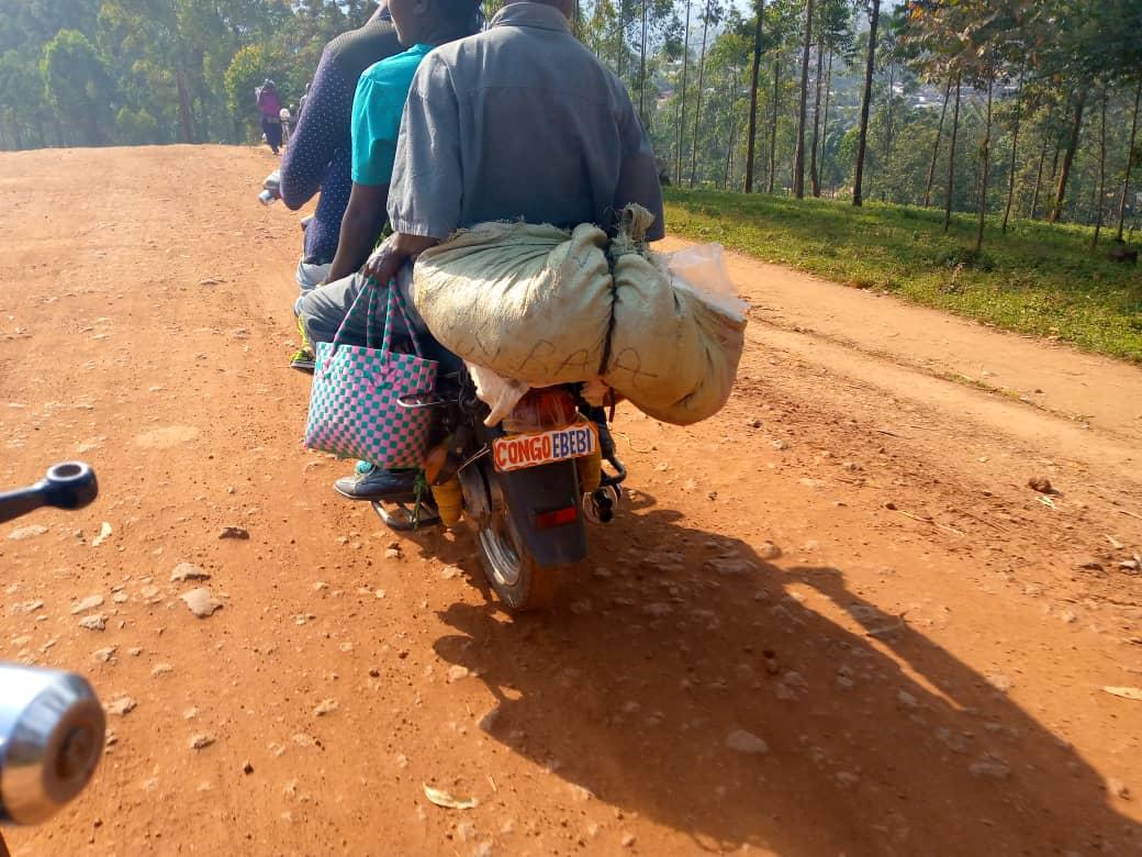 Butembo-bouclage plaque : les motards  résistent de  payer la plaque alors que l'ATAMOV opterait  pour la paie par   flotte
